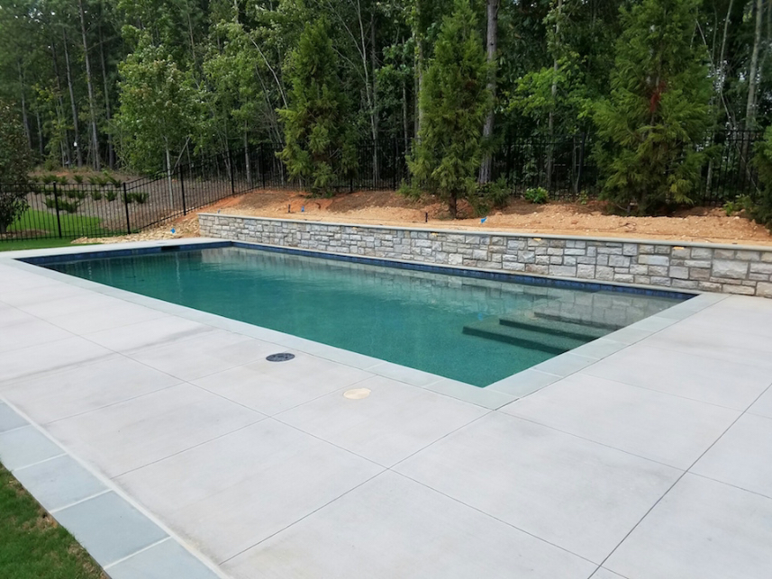 ap4-formal-pool-raised-pool-wall-bluestone-f1
