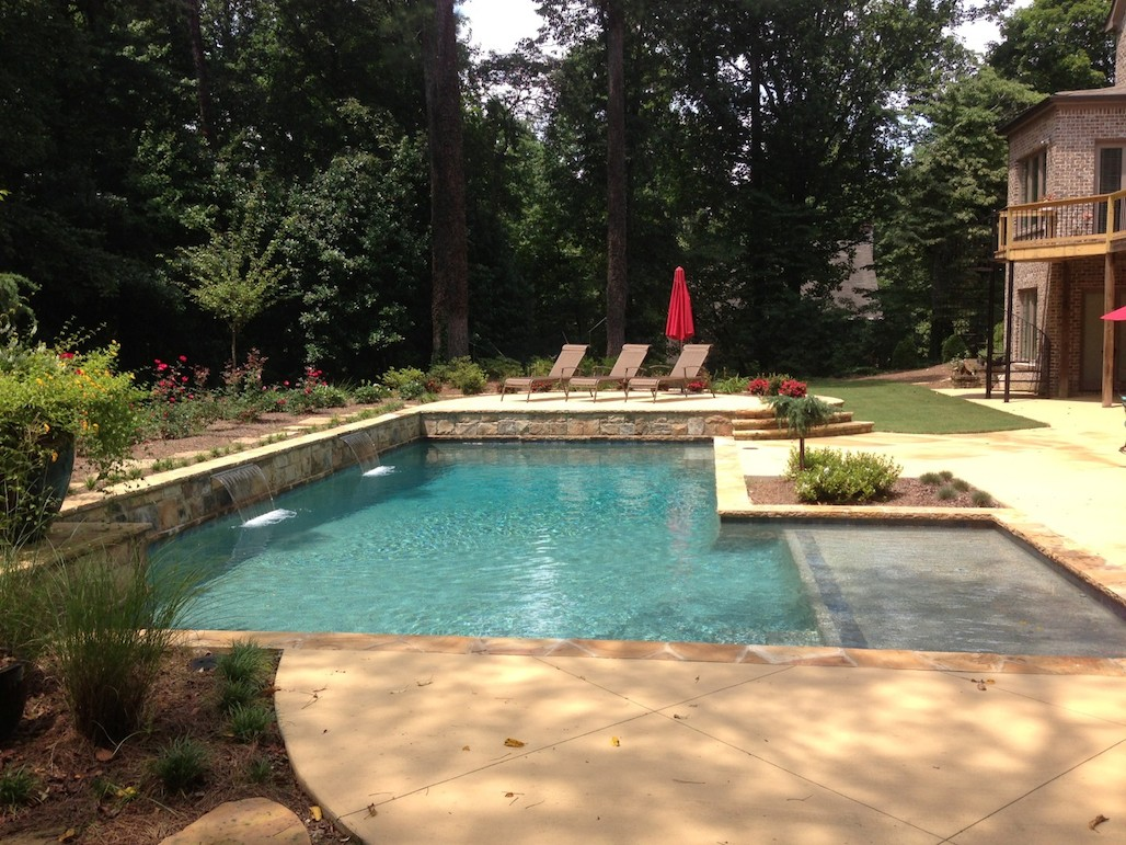sandy-springs-formal-pool-bh3